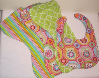 Colorful Owl Bib and Burp Cloth Baby Gift Set