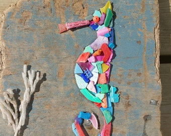 Driftwood and sealitter seahorse wall art.