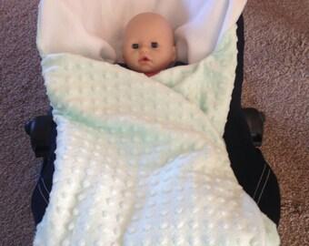 Car seat baby blanket (mint)