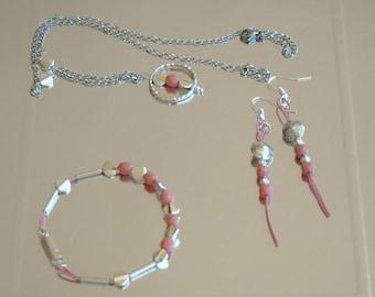 Parure necklace, bracelet and earrings