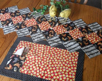 Rooster table runner and 2 placemats