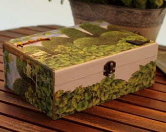 """gardens"" wood jewel box"