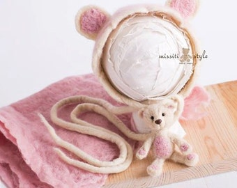 Hand Fleted Bonnet With Bear and  Blanket
