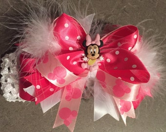 Minnie Mouse pink and white Bow