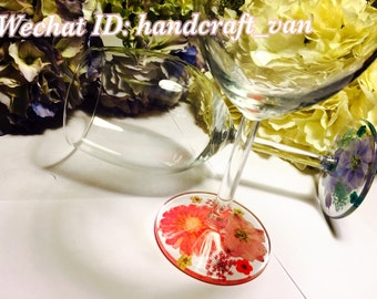 Handmade Pressed Flower Wineglass