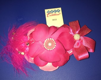 Magenta flower hairclip