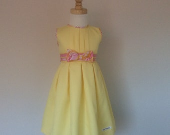Girls Box Pleat Dress - Size 2, Girls Summer Dress, Tea Party Dress, Yellow Dress,  Ready to Ship