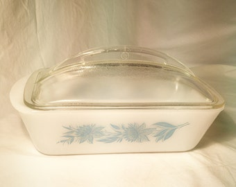 Glasbake Loaf Pan with Domed Lid Blue Thistle J522 Milk Glass