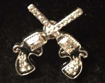 Snap with two crossed guns - Fits all snap jewelry - 20mm