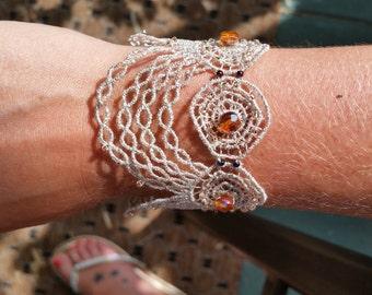 Vintage lace bracelet
