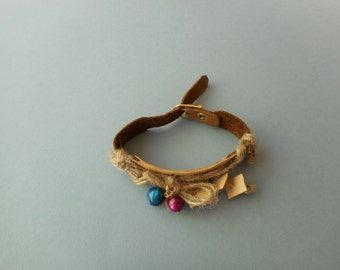 Suede band bracelet, Brown and horse mackerel