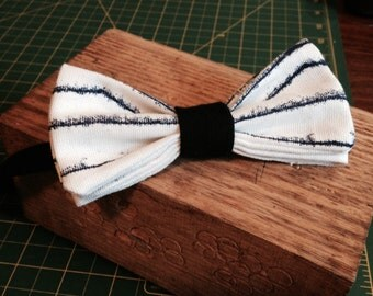 Bow tie for men or adjustable preattache child made to the hand/handcraft adjustable bow tie for men or for kid