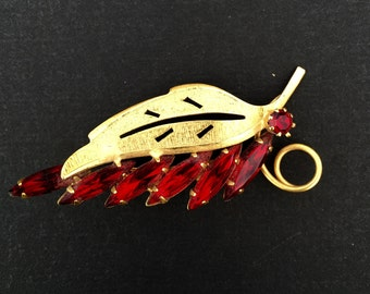 Lovely leaf brooch with red rhinestones 1950's