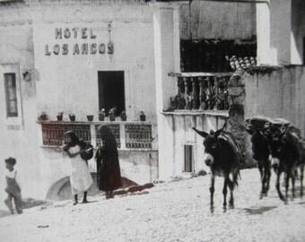 Antique  Real Photo  Postcard Post Card  Mexico RPPC Hotel Los Arcos