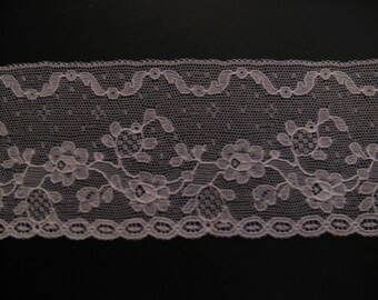 Beautiful antique French Tulkant from Calais! High ca. 8 cm, length 1 meter...ca. 1925!