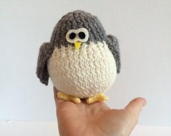 Hand Knit Bird - Waldorf Toys - Farm Animals - Natural Toys - Baby Shower Gift - Pretend Play Toy - Birthday Gift - Grey & White Bird
