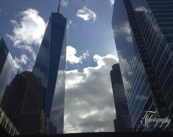 Manhatten, Fluffy clouds, Tall buildings