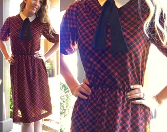 Vintage 70s Plaid School Girl Collared Dress with Black Tie - Free Ship