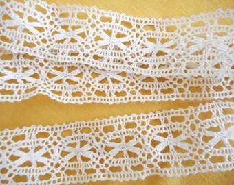 100cm of lace old BEIGE