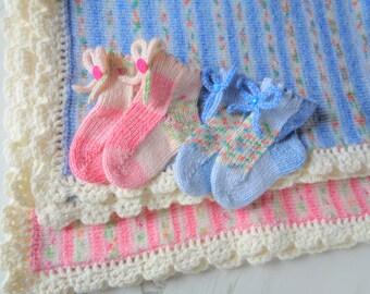 """Handmade Knitted & Crochet Baby Blanket 23""""x 34"""" and Socks 3+ months"""