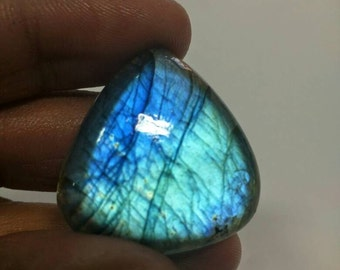 Blue flash Labradorite no-006