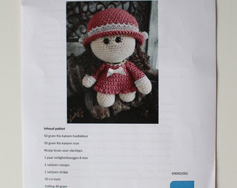 Crochet Package Funny Lizzy