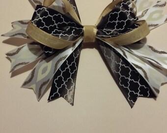 5 inch brown/white/khaki handmade bow