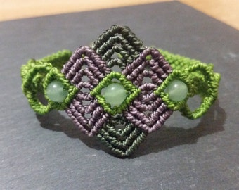 Macrame bracelet green aventurine beads and handmade/Handmade macrame bracelet with green aventurine beads