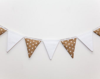 Oates Beige and White Star flag Bunting