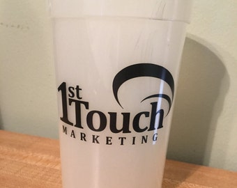 Customizable color changing cup.