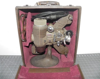 Vintage Bell & Howell Filmo Master 16mm  1928 - 1931 Movie Projector