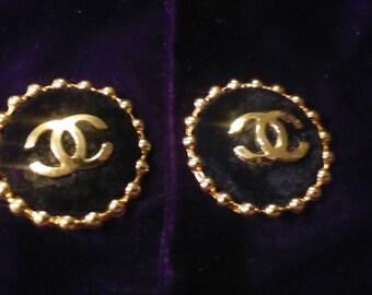 Vintage chanel clip-on earrings