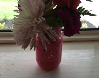 Pink distressed mason jar