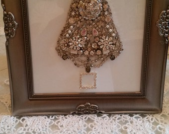 Vintage Jewelry  Christmas Tree Picture