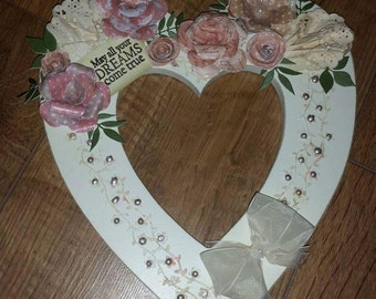 Wall hanging heart plaque