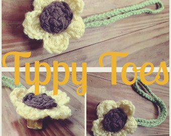 Sunflower Paci Clip