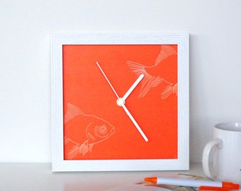 Silent Mini Hobby Wall Clock - Fishing