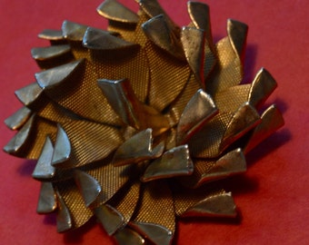 Vintage Metallic Gold Colored Pinecone Brooch
