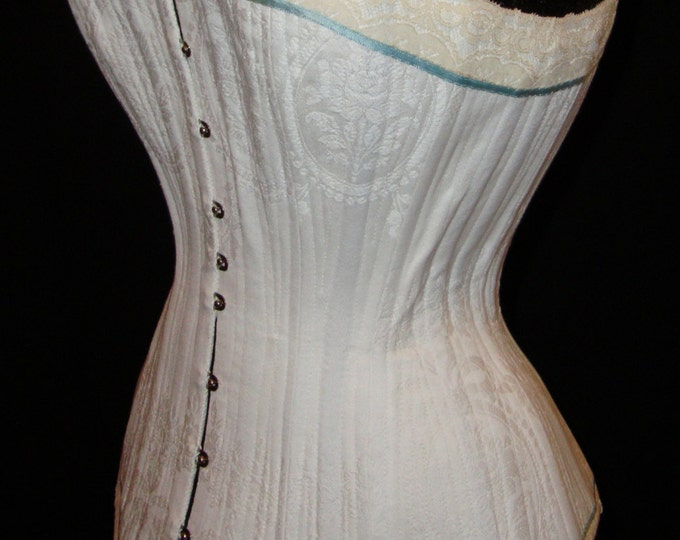 How to make a corset, tutorial into 4  parts + 1 pattern, in Italian