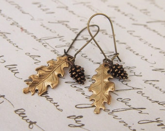 Pine Cone Oak Leaf Earrings / Autumn Fall Jewelry / Woodland Forest Botanical Nature Inspired Gift