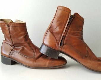SALE *** Vintage / made in England / mens / sz 10 / chestnut / leather / boots / above ankle / zipper/ rockabilly / hipster / soft