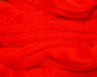 Red merino wool roving/tops - 50g. Great for wet felting / needle felting, and hand spinning projects.