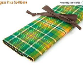 Sale 25% OFF Large Knitting Needle Case Organizer - Seventies Plaid - brown pockets for all size needles or paint brushes