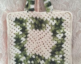 Vintage Granny Square Purse/ Granny Bag/ Crocheted Bag/ 70s Granny Square Bag