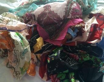 11 piece lot of old scarves / London Paris / Paisley / Boho Headscarf