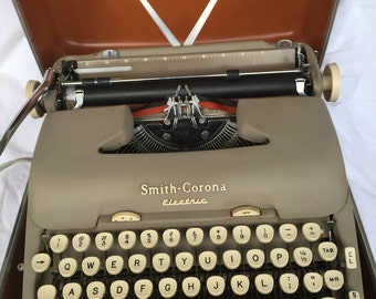 Smith Corona 1957 Electric Portable Typewriter