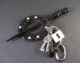 Steampunk Shawl Pin... Lot 420161