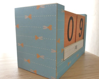 Perpetual Wooden Block Calendar - Cut on the Line Scissors - Great for Crafty Folks