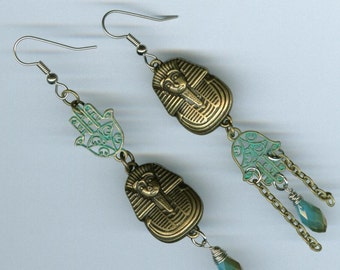 Egyptology Asymmetrical earrings - King Tut's Funerary Mask Hamsa mismatched jewelry - Egyptian archaeologist gift - bronze vertigris