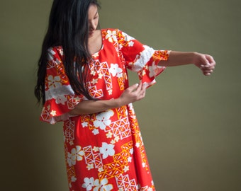 floral hawaiian print maxi dress / vintage 70s dress / ruffle sleeve maxi dress / m / 1797d